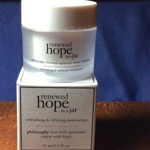 philosphy renewed hope in a jar moistruizer